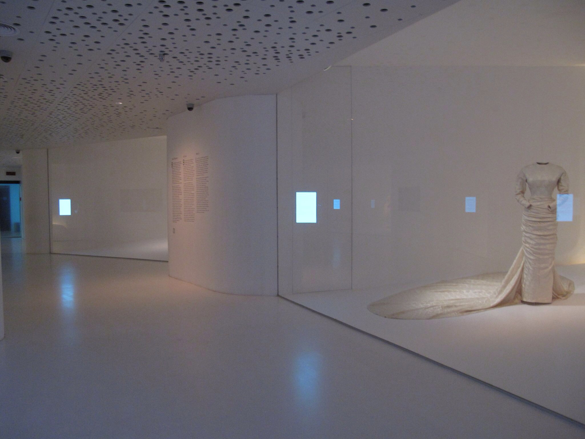 museo balenciaga_exposicion permanente_nupcial