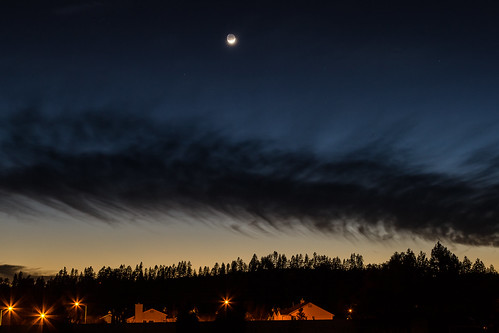 nightphotography sunset moon silhouette night clouds moonset pwpartlycloudy