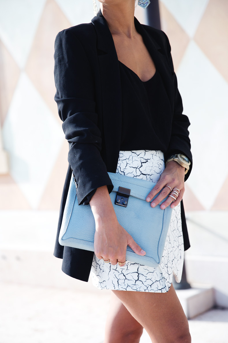 Cracked_Skirt-Girissima-Calzedonia_Show-Light_blue_Clutch-Phillip_Lim-Street_Style-Outfit-21