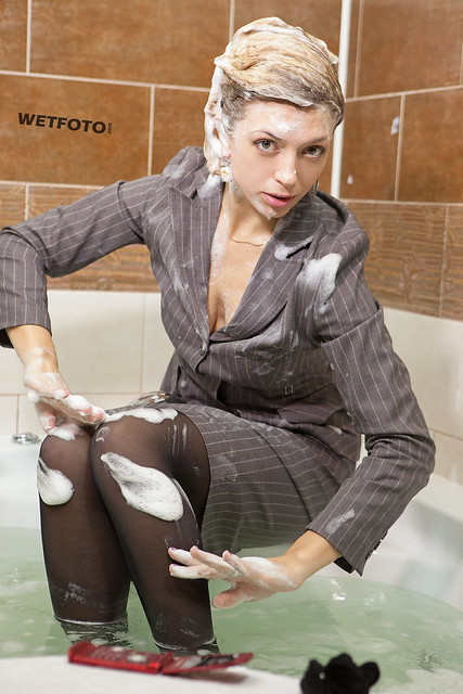 Washing pantyhose