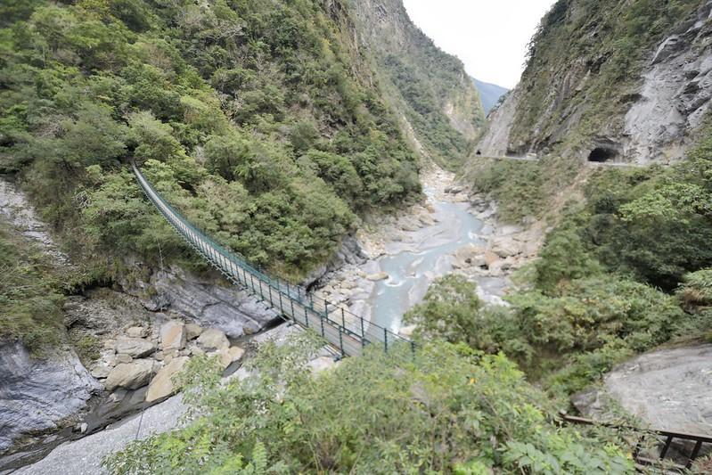 錐麓吊橋風景