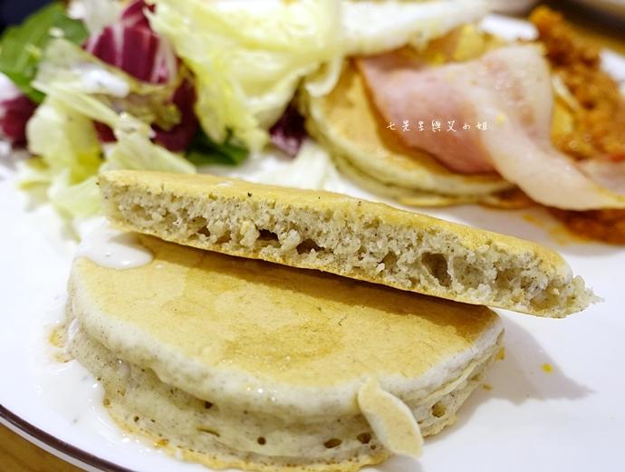 24 九州鬆餅 Kyushu Pancake cafe