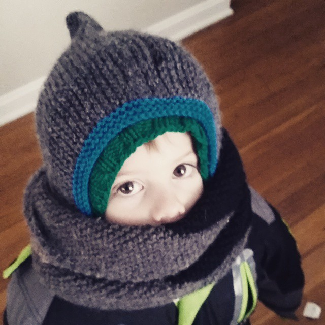 Covered in hand knits ready to help daddy shovel. #stevensonpartyoffive #tomten #knit #knitting #knittersofinstagram