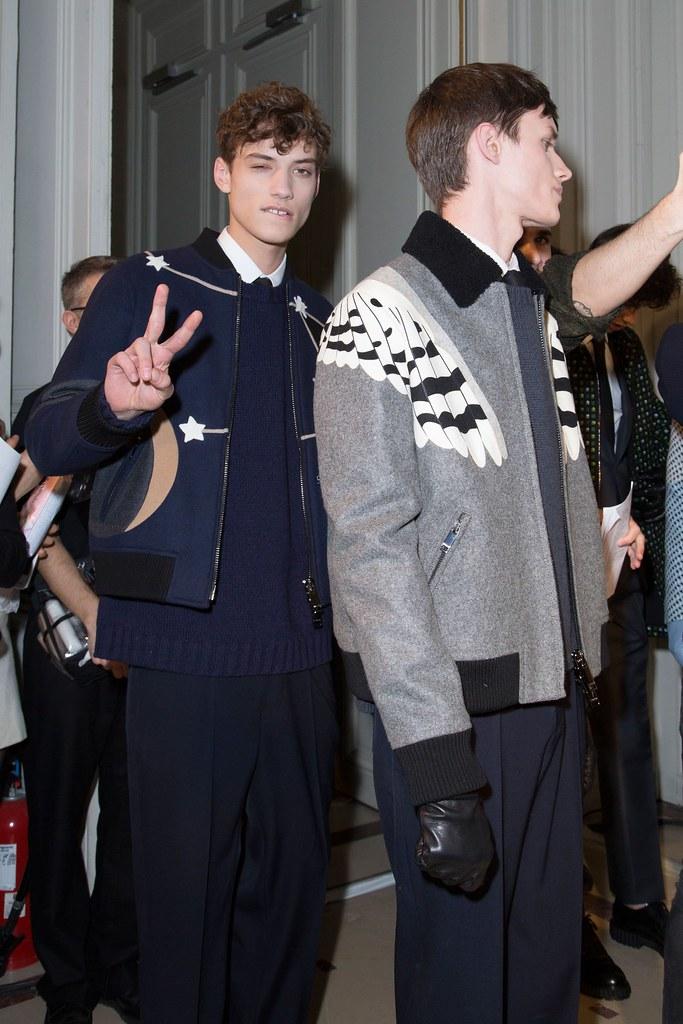 Yulian Antukh(Antuh)3128_FW15 Paris Valentino(fashionising.com)
