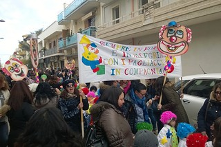 Noicattaro. Carnevale alla 'Caldarazzo' 2015 front