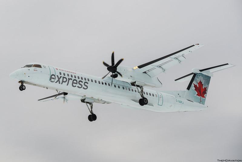 Air Canada Express Q400 C-GGFJ