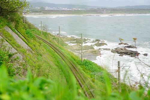 海沿いの電車道