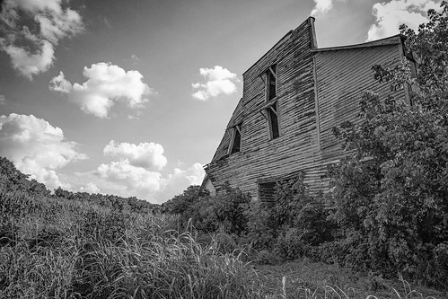 blackandwhite bw monochrome barn us blackwhite corn unitedstates tennessee lynchburg decayed mule dilapidated motlow lemmotlow