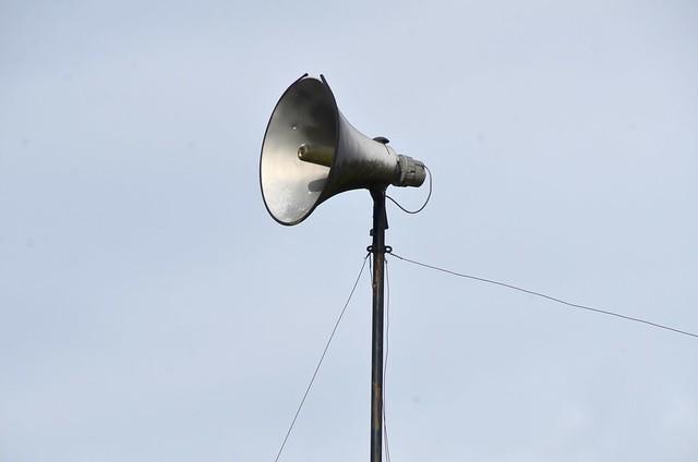 liminal - Of This Parish, Sul megaphone