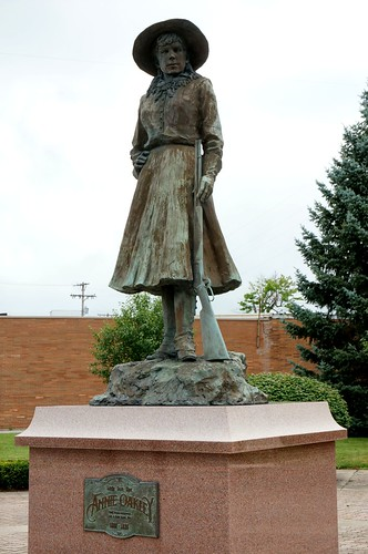 Annie Oakley Statue - Greenville, Ohio