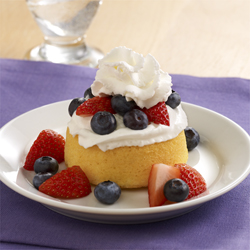 Easy Berry Shortcakes