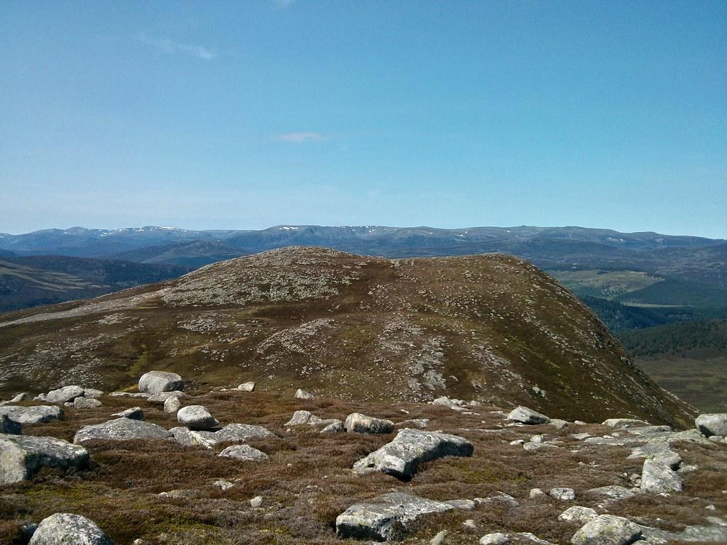 Cnapan Nathraichean from Point 830m