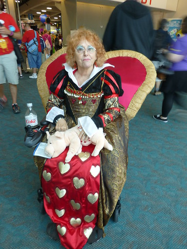 SDCC 2013 - Cosplay  - Queen of Hearts - Thursday