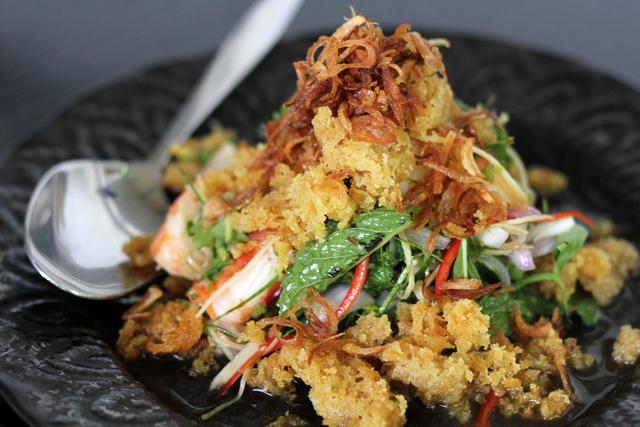 Seng Wa Goong Pao (แสร้งว่ากุ้งเผา)