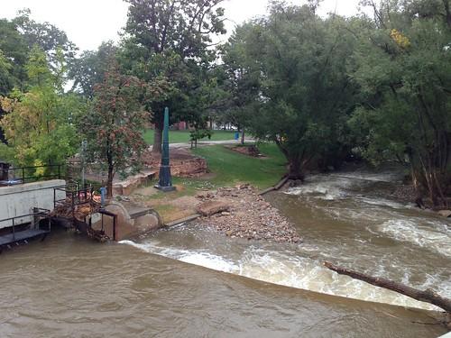 Boulder Creek, during the rain