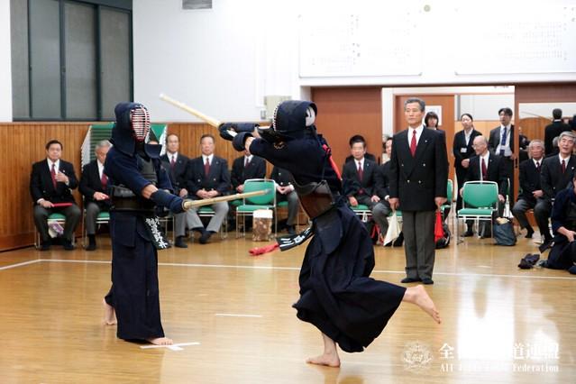 第61回全日本剣道選手権大会_審判会議風景
