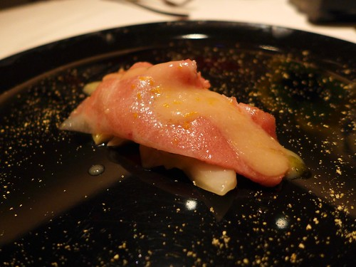 Iggys Singapore tuna cabbage yuzu