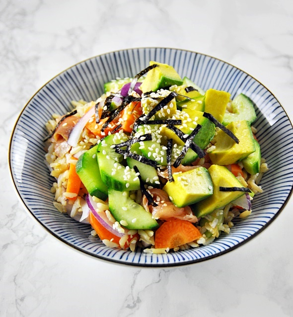 Smoked Salmon, Avocado & Brown Rice Sushi Bowl | www.fussfreecooking.com