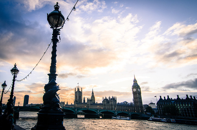 A sunset walk along the Thames leads straight to London's Big Ben.
