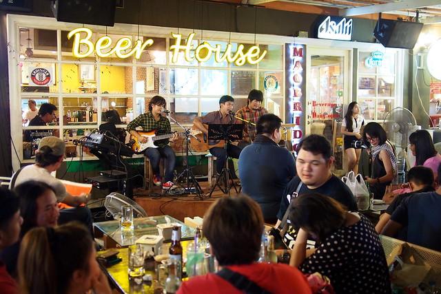Beer House, Talad Rot Fai, Bangkok, Thailand