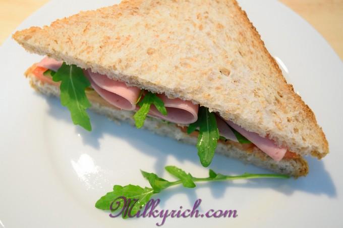 3- bánh mỳ gối