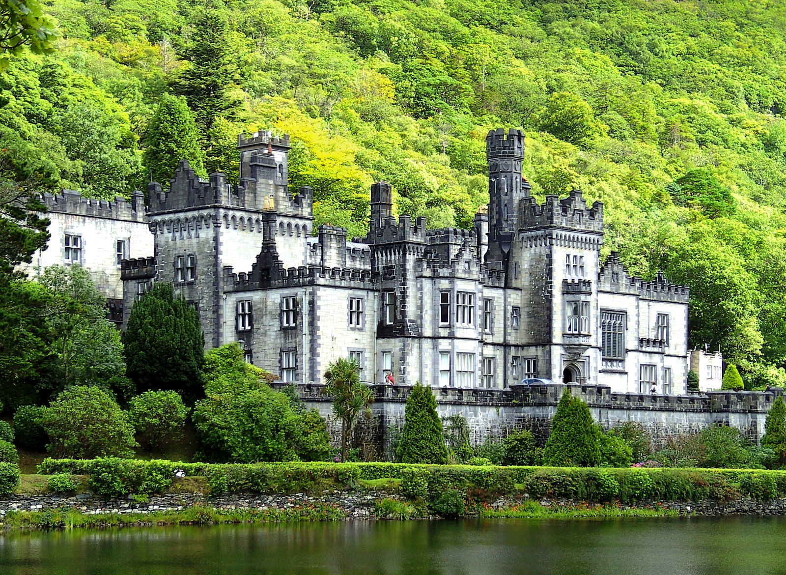 Kylemore Abbey. Credit High Contrast