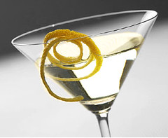 Vesper Martini: Coctel Inventado por James Bond en Casino Royale