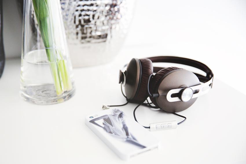 Sennheiser Momemtum Headphones