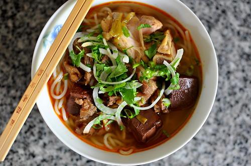 Bún Bò Huế – Vietnamese Beef & Lemon Grass Noodle Soup