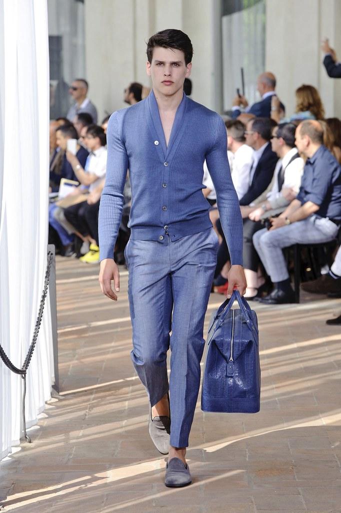 SS14 Milan Corneliani004_Simon van Meervenne(fashionising.com)