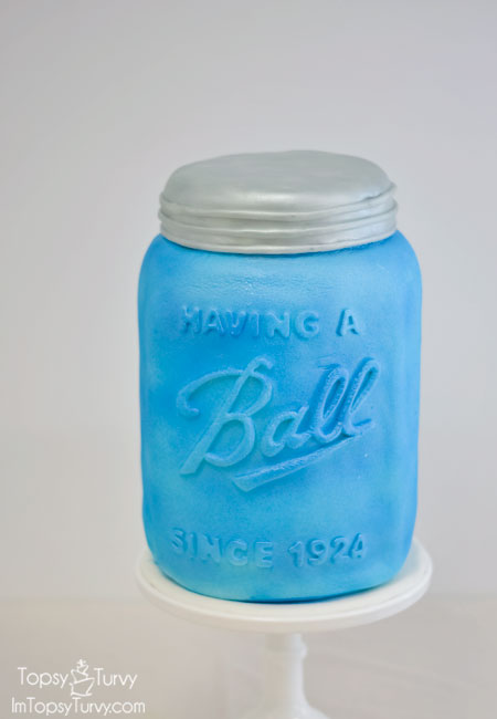 Mason-Jar-carved-Cake