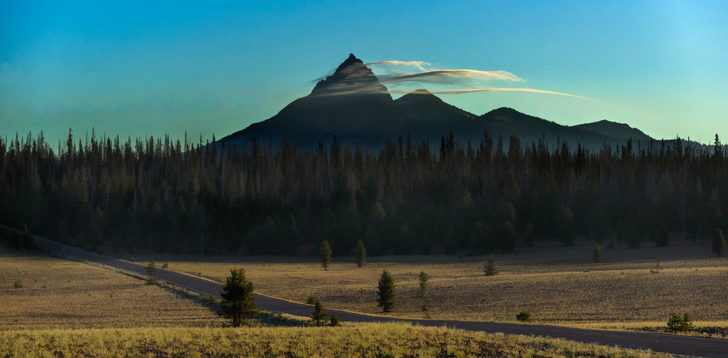Sunrise - Mount Thielsen - 2013