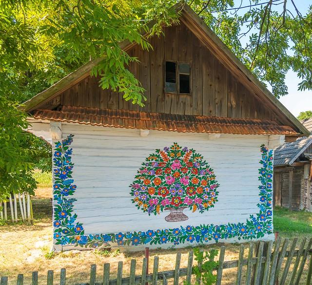 Zalipie - Ngôi làng rực rỡ sắc hoa ở Balan.1