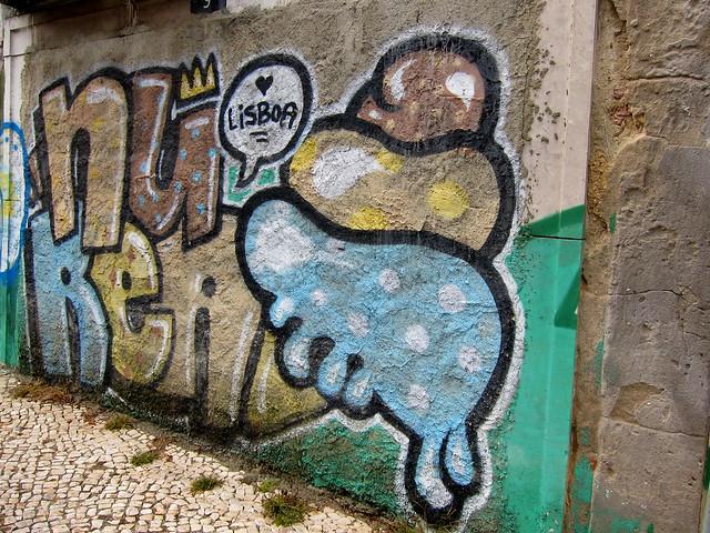 graffiti | delicious | lisbon