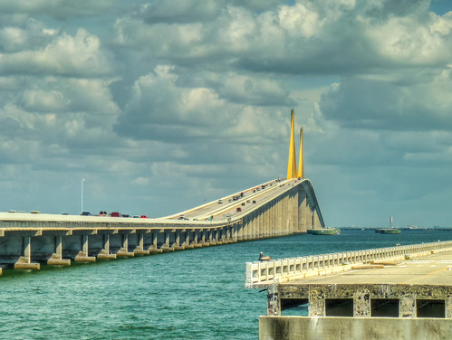 bridge sea usa america unitedstates tampabay florida places panasonic coastal hdr highdynamicrange sunshineskyway hdri sunshineskywaybridge tampabayarea highdynamicrangeimaging panasonicdmcfz38 dmcfz38 bobgrahamsunshineskywaybridge