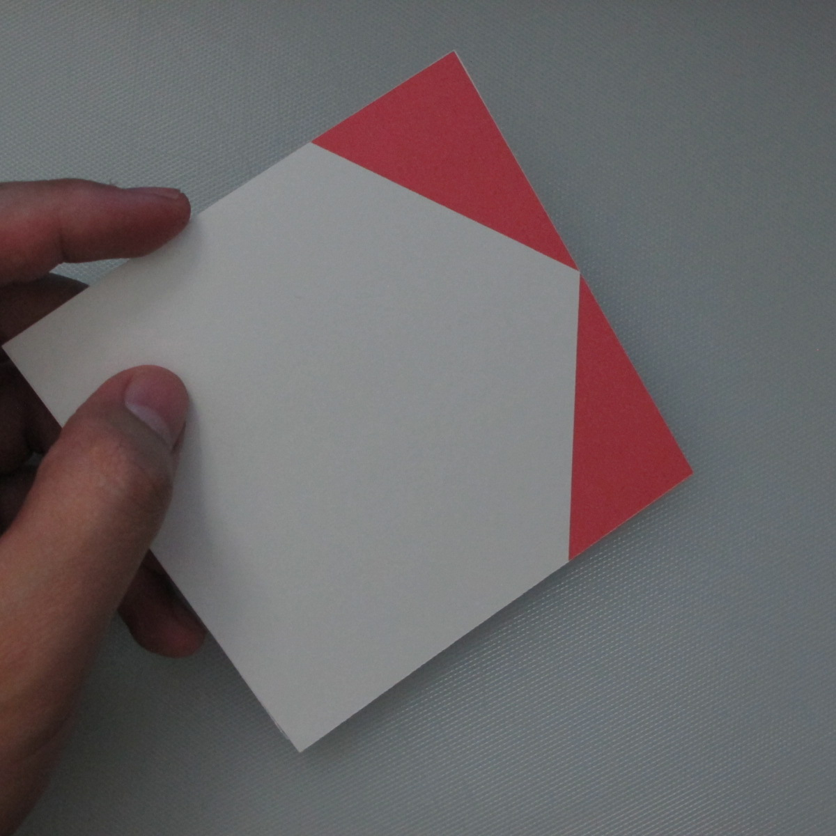 วิธีการพับกระดาษเป็นรูปกระต่าย 001