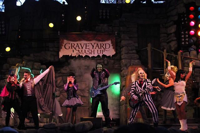 Beetlejuice Graveyard Revue 2014 at Universal Orlando