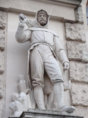 Wien, 1. Bezirk, Art of Facades of Vienna (Hofburg), Neue Burg – (1881-1913 built by Gottfried Semper, Karl Hasenauer, Emil Förster, Friedrich Ohmann and Ludwig Baumann) – Werner David – Miner