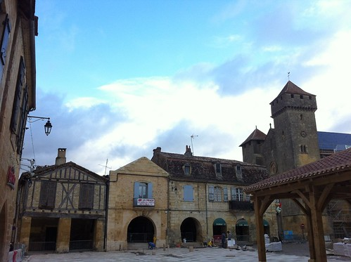 Beaumont-du-Périgord (Plaza)