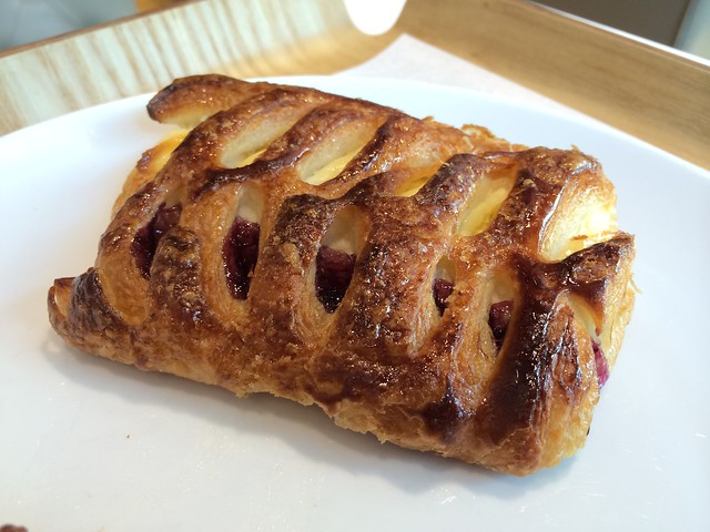 Blueberry cream cheese pastry - Paris Baguette