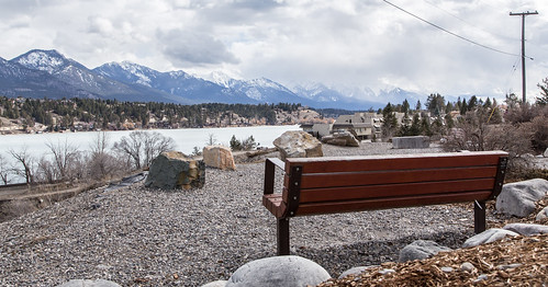 canada mountains clouds bench britishcolumbia invermere windermerelake