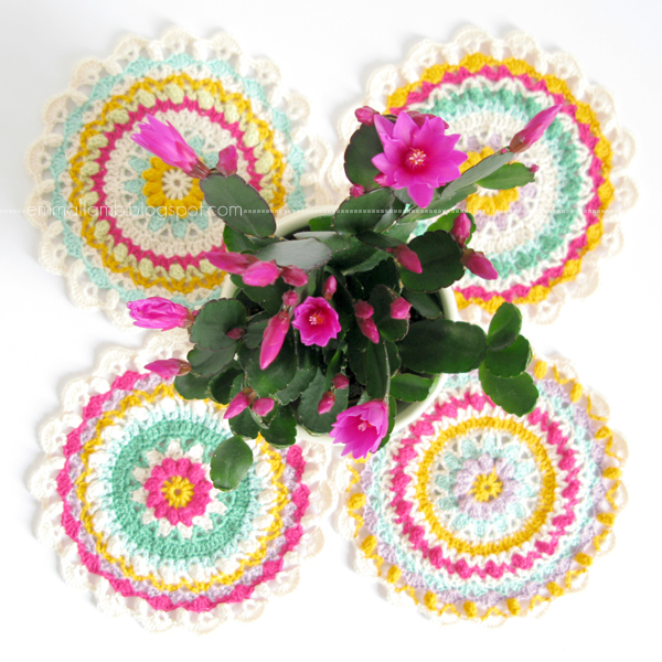 good reads : my Spring Fling Flower Mandala for Crochet Gifts + a giveaway | Emma Lamb