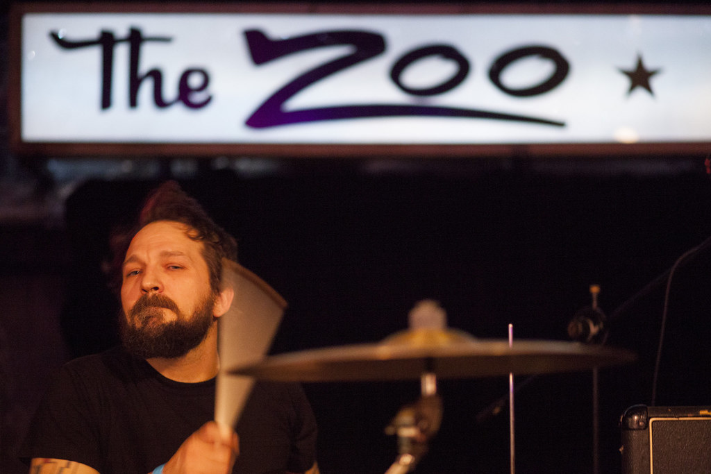 Her Flyaway Manner at the Zoo Bar for Lincoln Exposed | Feb. 6