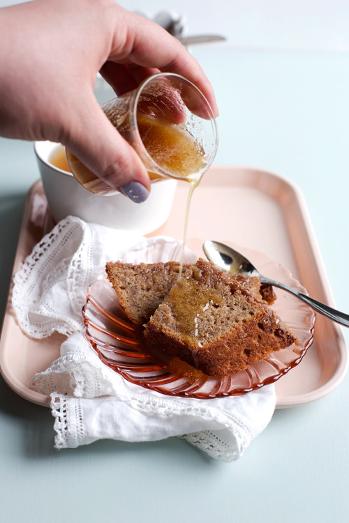 Brown Butter Cinnamon Banana Bread with Brown Butter Honey Drizzle ...