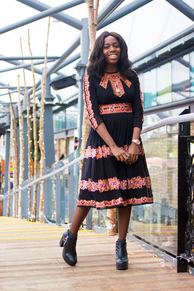 how to wear a boho midi dress