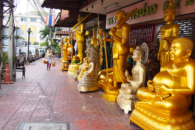Buddhist statues for sale, Bangkok, Thailand