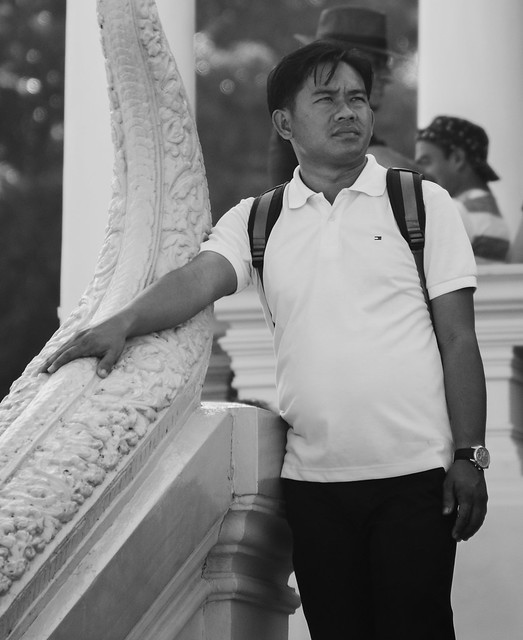 Image of people at Royal Palace, Phnom Penh, Cambodia (1)