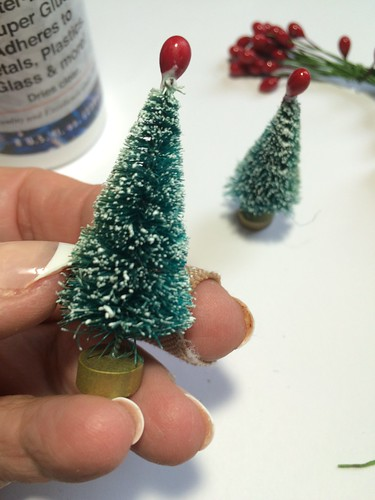 adding pips to bottle brush trees