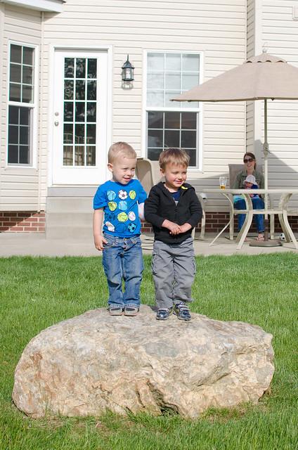 20130526-Jameson-and-Jonathan-on-the-Rock-1390