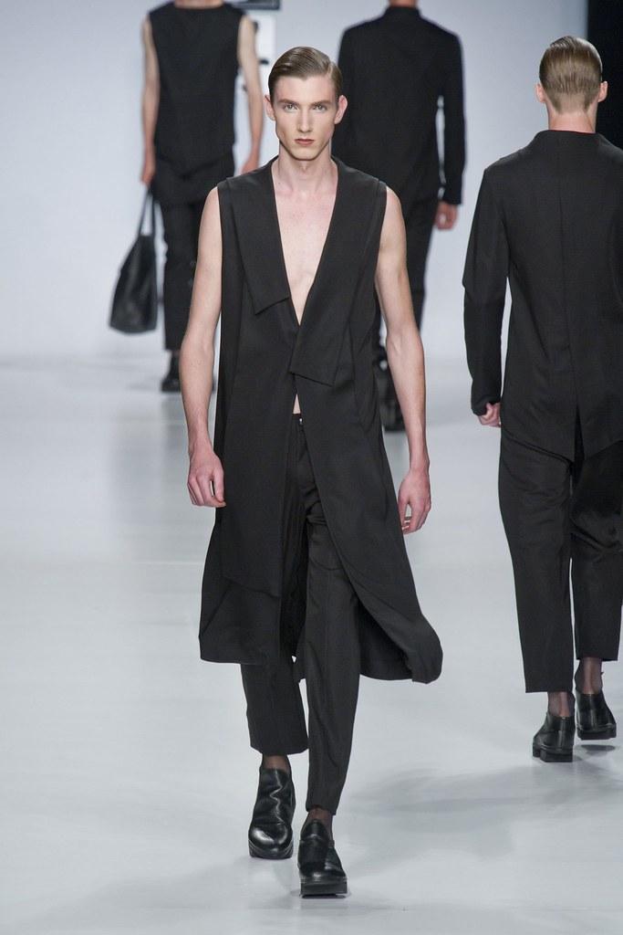 SS14 Milan Ji Wenbo016_Johannes @ 2morrow Milan(fashionising.com)